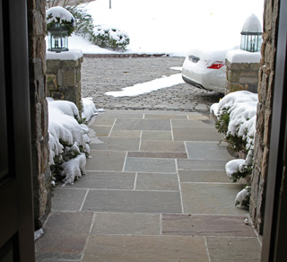 Heated paver walkway